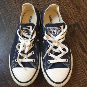 Converse Shoes - Navy blue lace up converse shoes youth size 2